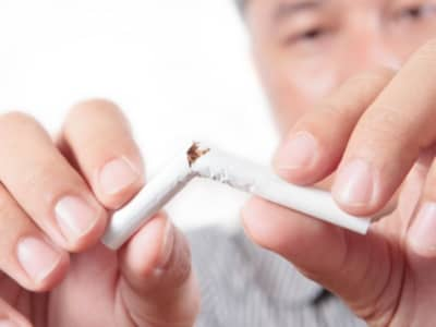 El vídeo a dejar fumar al embarazo