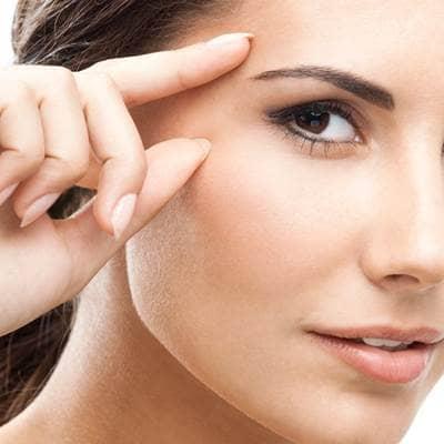 como evitar la grasa en la cara