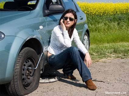 woman-car-trouble