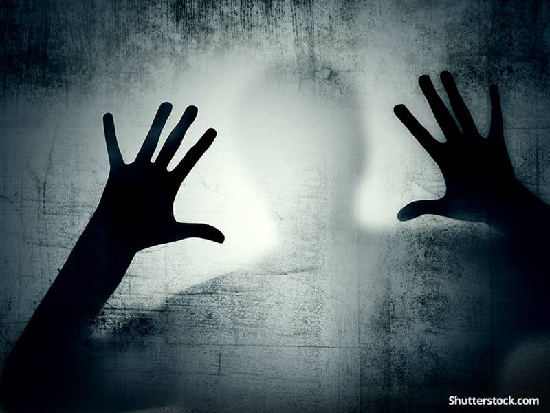depressionman-shadow-hands-dark