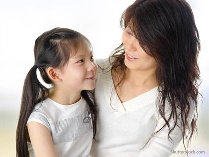mother-daughter-smiling