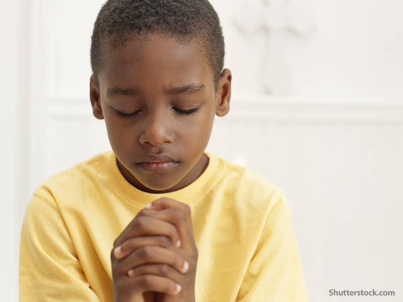 religion kid praying