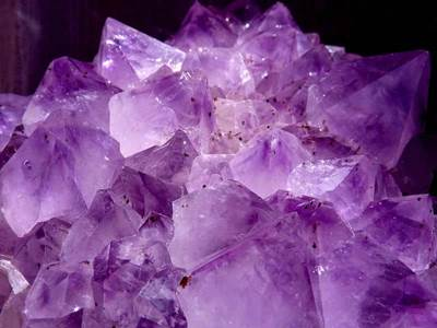 Which Crystals Are Best For Healing? | Healing Stones