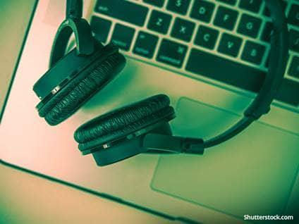 entertainment-headphones-computer