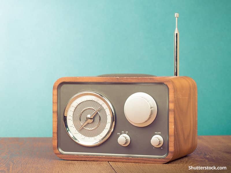 entertainment-radio-vintage-teal