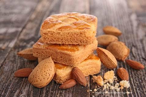 Almond cake margouillat photo