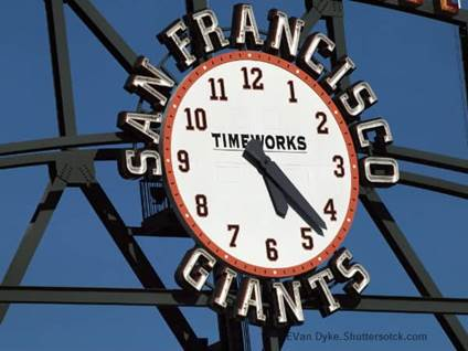 Giants  Clock