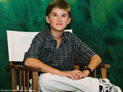 Young Haley Joel Osment