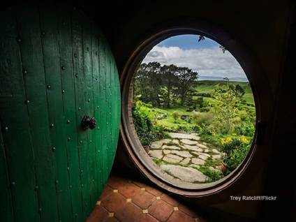 Hobbit door 2  Flikr Trey Ratcliff