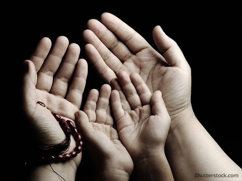 muslim-prayer-parent-child