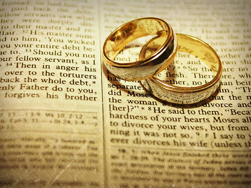 7 Scriptures For Relationships in Trouble | Bible Verses