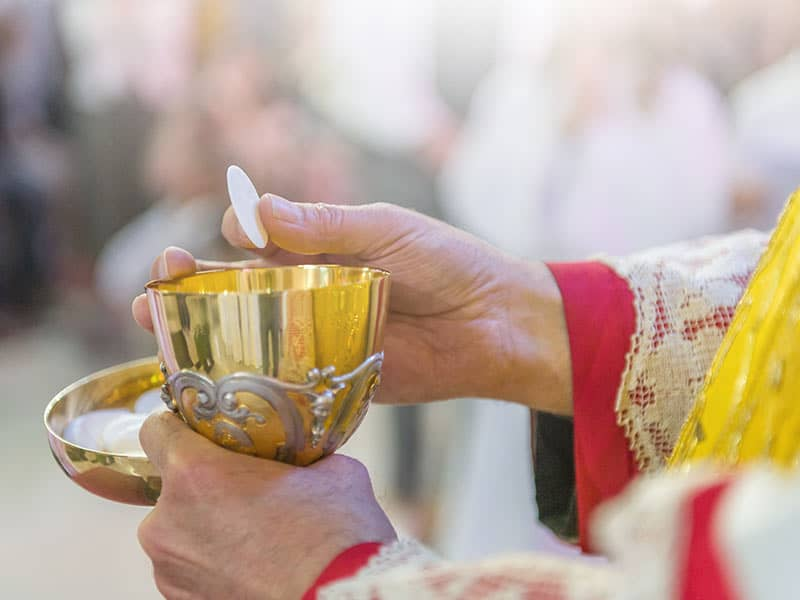 Catholic mass communion