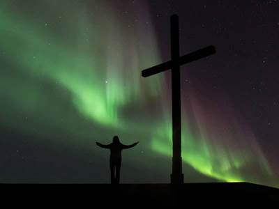 christiancrossnorthernlights