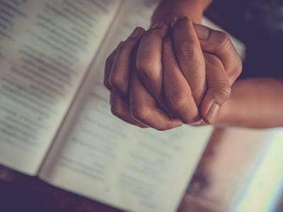 25 Songs About Jesus   25 Great Christian Songs - Beliefnet