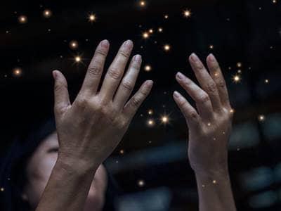 magical prayer hands