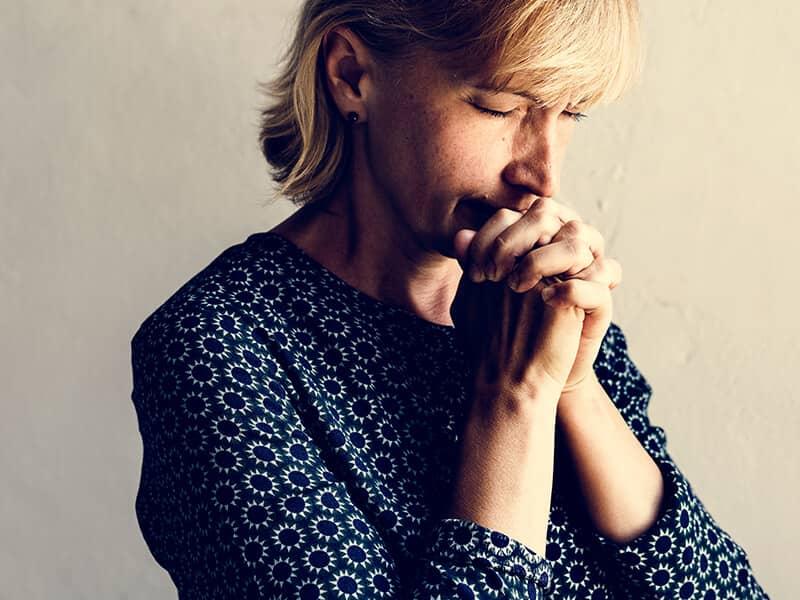 faith-christian-prayer-woman-serious