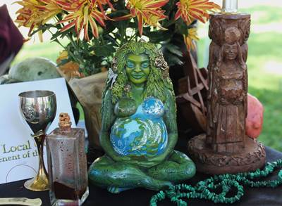 goddess altar