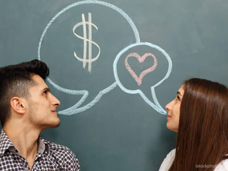 couple-financial-money-talk