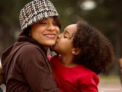 mom-happy-kiss-child-love