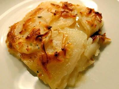 6 authentic meals from europe european recipes to try scalloped potatoes forumfinder Images
