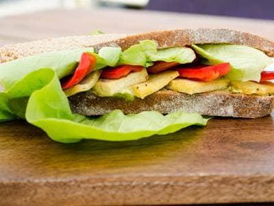 Avocado Tofu Sandwich