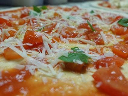 Culiflower crust pizza