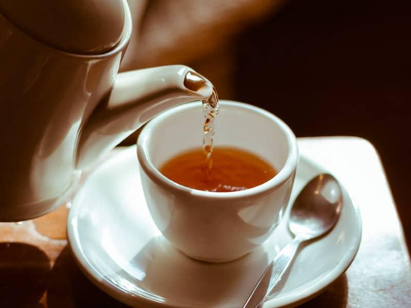 6 Reasons Green Tea Works l Drinking Tea - Beliefnet