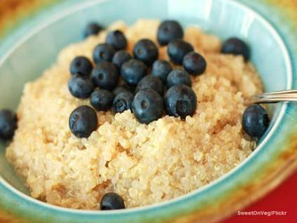 Quinoa blueberries