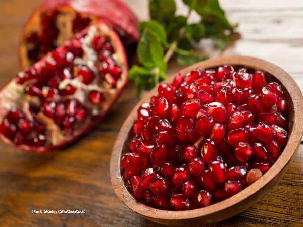 Mark Skalny pomegranate shutterstock 147554912