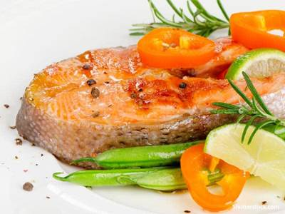 food grilled salmon
