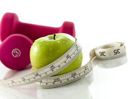 weight-loss-apple-weights-exercise-mesuring-tape