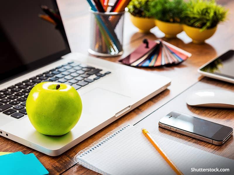 health-apple-snack-computer-work