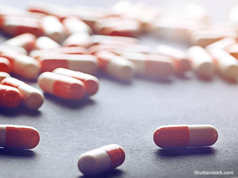 health-medicine-pills-vitamins-sick