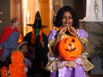 7 Reasons to Go Trick-or-Treating | Halloween | Halloween ...