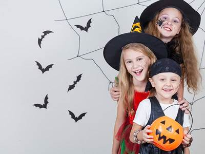 Costumed kids