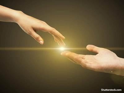hand-glowing