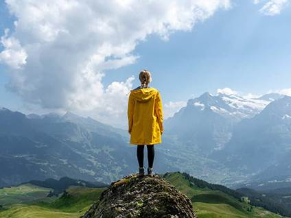 inspiartions-people-woman-moutain-sky-success