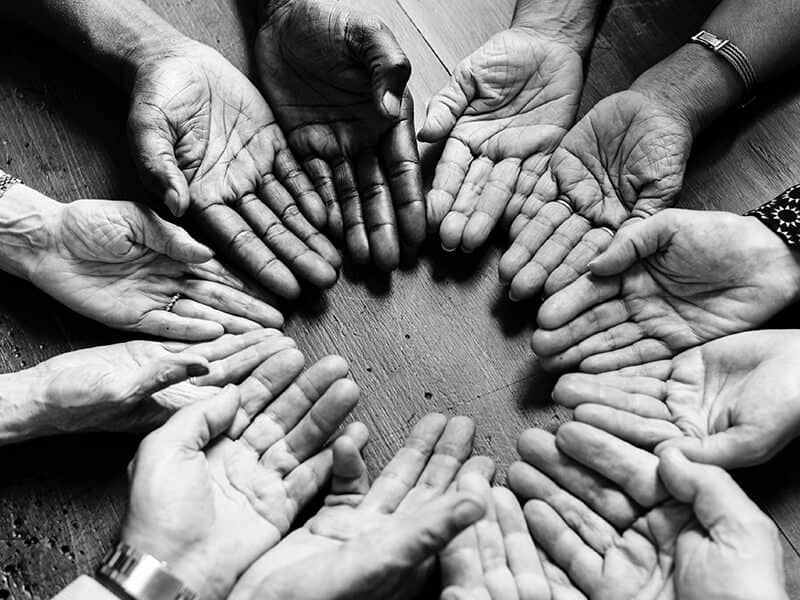 inspiration-hands-diversity-people-together