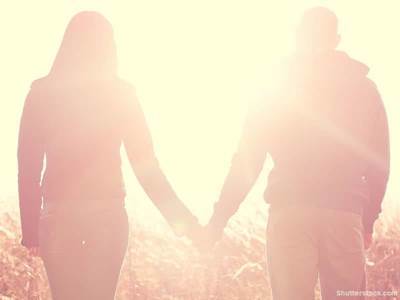 couple, holding, hands
