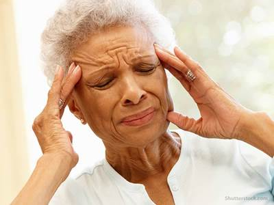 elderly-headache-migraine-pain