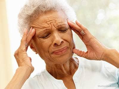 elderly-headache-migraine-pain