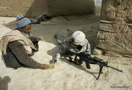 Afghan Gives Tea Soldier
