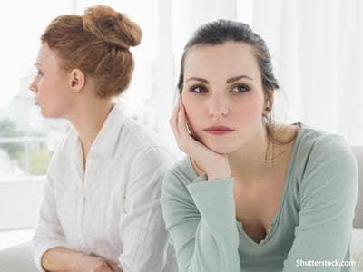 girl-friends-arguing