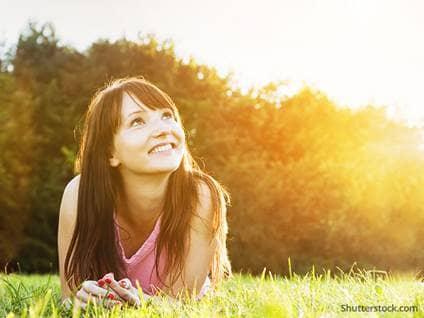 woman-nature-outside-sunset-grass