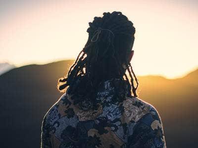 man-sun-inspired-peace-sunset