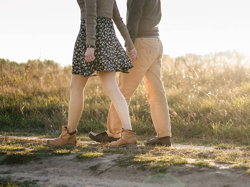 Is it ok to kiss in christian dating