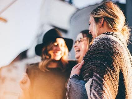 friends-women-laughter-fall-outside