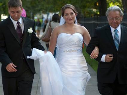 bride with dad and brother