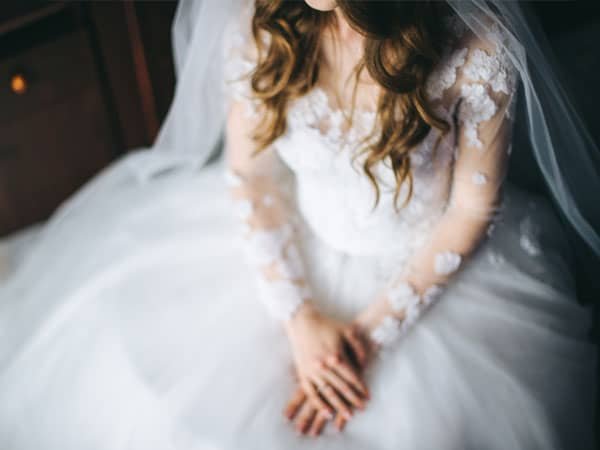 Do Christians Have To Wear White At Their Wedding Symbolism Of