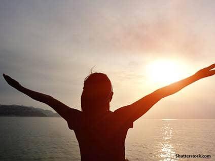 people woman praise ocean